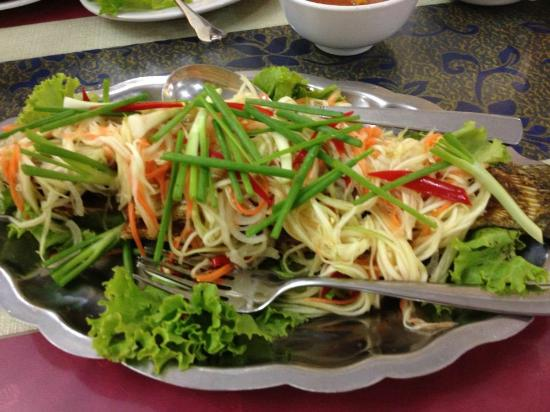 D' Wau Restaurant: The best of all... fried seabass with mango salad USD15