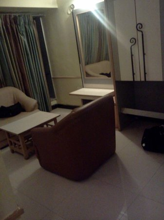 Hotel Dhammangi Comforts: Spacious