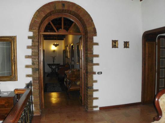 Villa Irene: Corridoio B&B