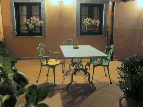 Agriturismo Le case del merlo: une terrasse
