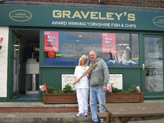 Graveleys Fish and Chips: Well done