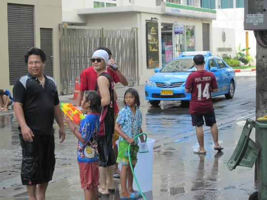 D Varee Diva Bally Sukhumvit: Songkran's Festival (Thai New Year 13/14 Apri/) in the street. Take note: you will get wet