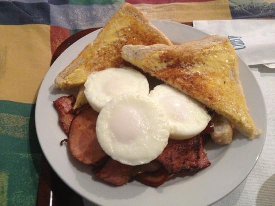 Chelsea Motor Inn: now that's a breakfast!