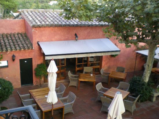 Hotel Mas de Baix: terraza