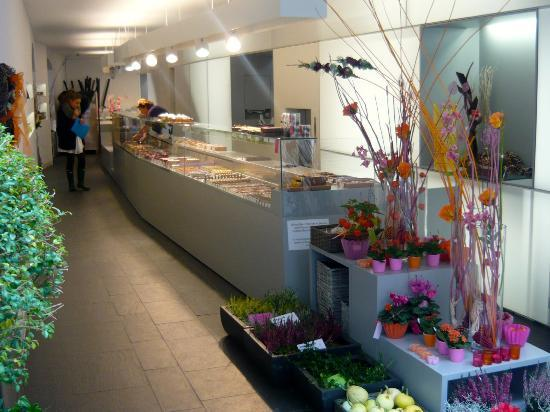 Acherer Patisserie.Blumen: piante e dolci