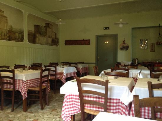 Antica Osteria Da Bianchini : Locale