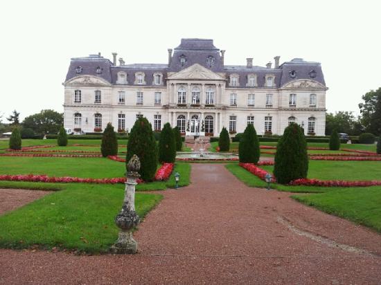 Chateau d'Artigny: Le château vu de l'extérieur