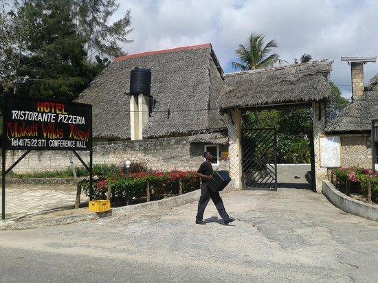 Makuti Villas Resort: entrance