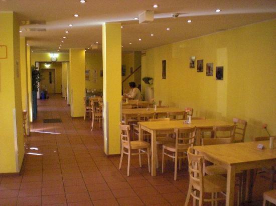 A&O Wien Stadthalle: Frühstücksraum