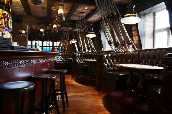 Restaurant Kaljas: Interior design