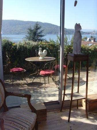 Les Terrasses du Lac: Table du petit déjeuner...