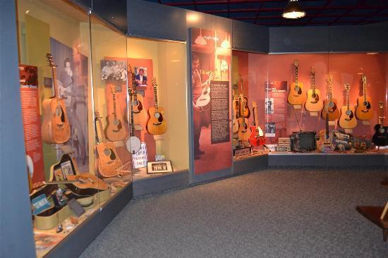 Martin Guitars照片