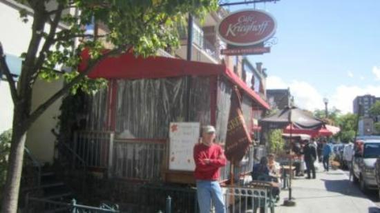 Cafe Krieghoff : Exterior with veranda