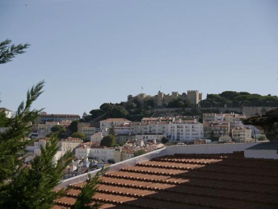 Casa Balthazar: Vista del castillo desde la habitación