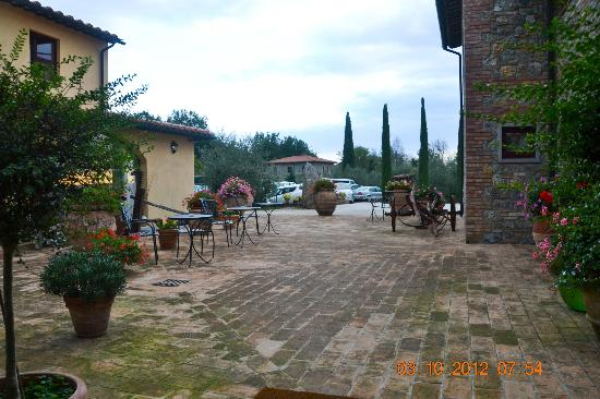 Hotel Casolare le Terre Rosse: In side of the hotel