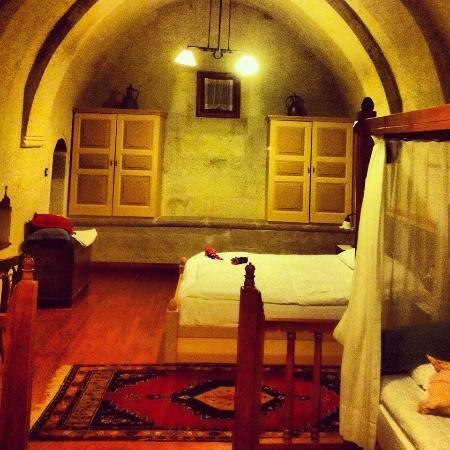 Gul Konaklari - Sinasos Rose Mansions: Gül konakları