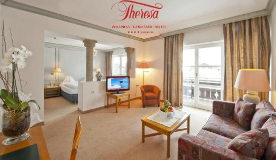 THERESA Wellness Geniesser Hotel: Elegante Zimmer und Suiten