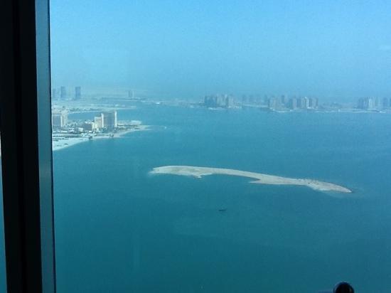Kempinski Residences & Suites, Doha: vue au petit dejeuner