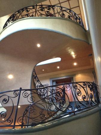 Castello di Monte: Double volume staircase