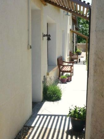 Les Limornieres: Saule (sleeps 5+) lavender filled high summer entrance