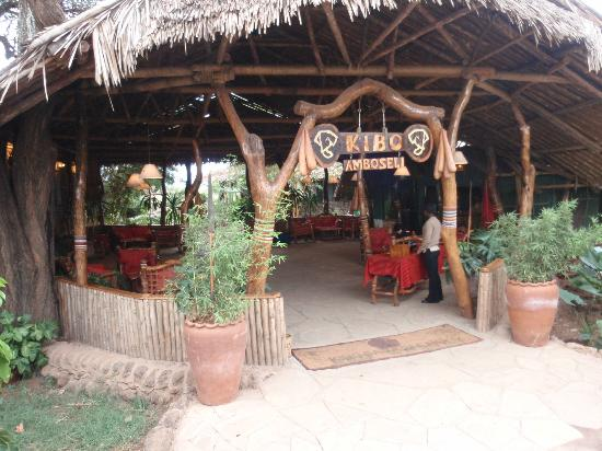 Kibo Safari Camp: Front office / Reception Area