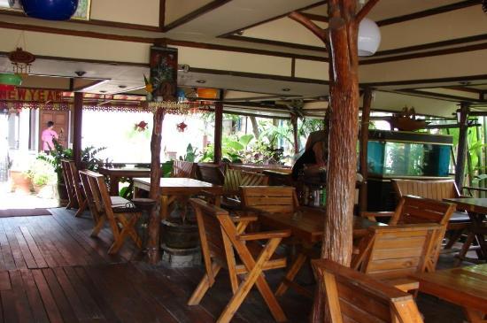 Kinnaree Resort: restaurant