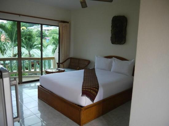 Palmview Resort Patong Beach: chambre deluxe