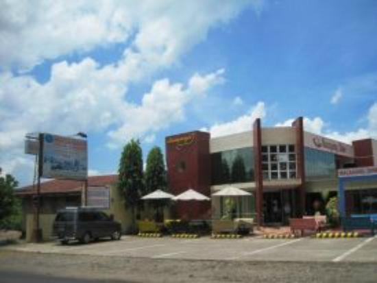 Macagang Business Center Hotel & Resort: Macagang Diner - Main