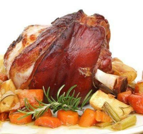 il nostro stinco di maiale cotto a legna... - Picture of ...