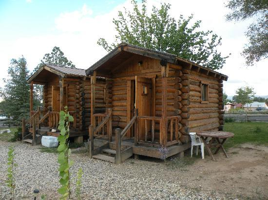 Escalante Outfitters, Inc -- The Bunkhouse: CUTE CABINS