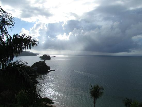 Grand Bahia Principe Cayacoa : Three Island with clouds in background!
