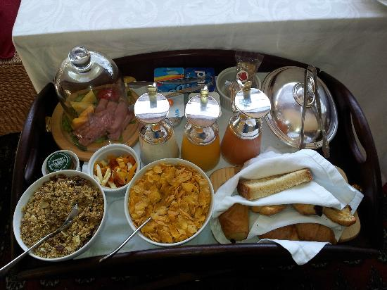 The Residence Boutique Hotel: complimentary breakfast