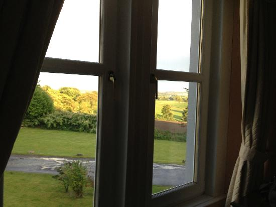 Bonsyde House Hotel: finestra camera