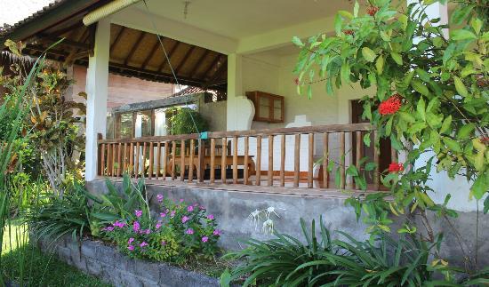 Tegal Sari: duplex room downstairs balcony