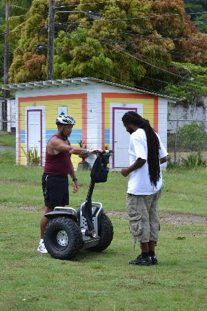 LucianStyle Segway Day Tours: getting a quick lesson