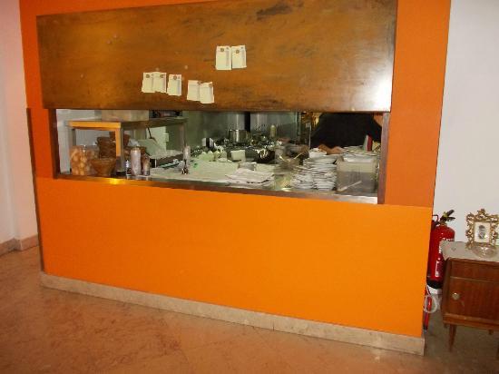 Sommer Restaurante: køkken indgang