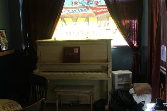 Villa Dallavalle: En otro salón