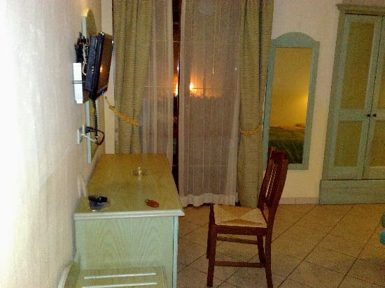 Acquarius Hotel: l interno della stanza