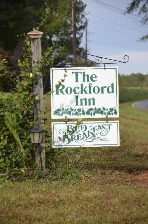 The Rockford Inn Bed and Breakfast: The Inn
