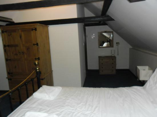 The George & Dragon Inn : Picture of inside the room