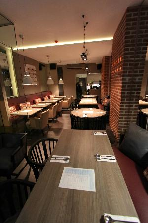 Thai Upon Thames: Inside our restaurant