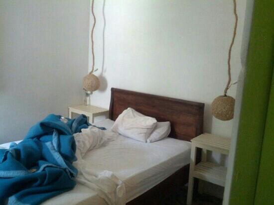 "Ninos Hotel Fierro: this room is tiny. Room ""Dana"""