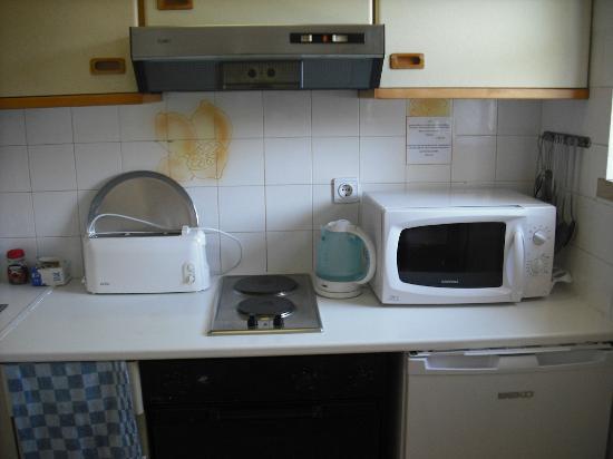 Algardia Apartments: Kitchen