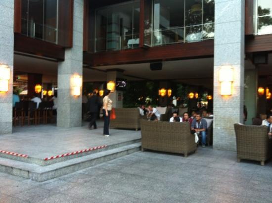 Rixos Sungate: Hic servis elemani gorebiliyomusuz ? 