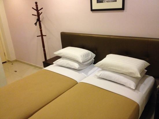 Hotel JSL: Executive bedroom