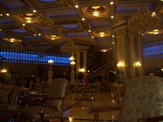 Club Hotel Sera: Reception/Lobby area