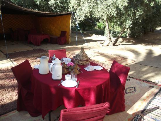 Kasbah Ait Abou Restaurant Auberge