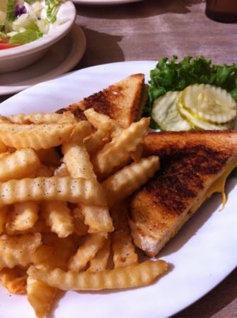 Nicely's: grilled cheese