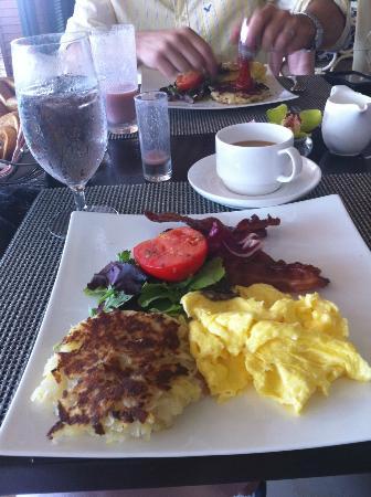 The Royal Hawaiian, a Luxury Collection Resort: Wonderful Breakfast