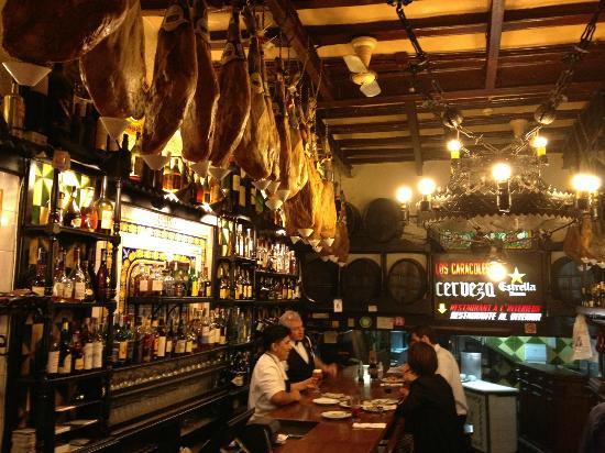 Bar - Picture of Los Caracoles, Barcelona - TripAdvisor
